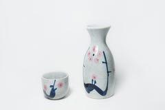Керамическая чашка Flagon и ликера Стоковая Фотография RF