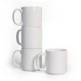 4 керамических чашки изолированной на белой предпосылке Стоковая Фотография