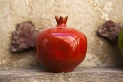 Керамическое гранатовое дерево Стоковая Фотография