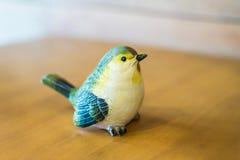 Керамическое toydecoration птицы Стоковые Фотографии RF