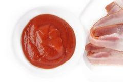 Кетчуп и becon стоковое изображение rf