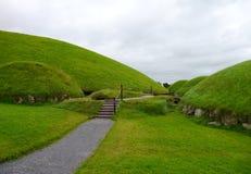 Кельтское knowth усыпальницы Стоковое фото RF