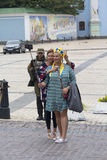 Киев, Украина - 24-ое августа 2016: Девушки в национальных костюмах Стоковое Изображение