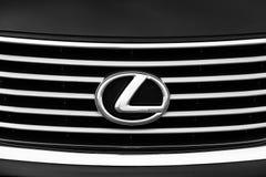 Киев, Украина - 5-ое ноября 2018: Эмблема автомобиля Lexus стоковое изображение