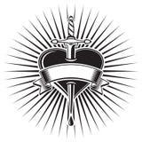 Кинжал whit сердца, татуировка стоковые изображения