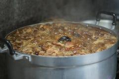 Кипеть вкусы свинины пряные, кипя Стоковые Изображения