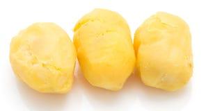 Кипеть картошки на белой предпосылке Стоковое фото RF