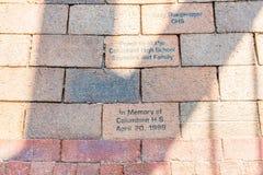 2 кирпича с мемориалом Columbine Стоковые Изображения