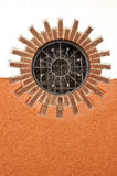 кирпичи греют на солнце окруженное окно Стоковая Фотография RF