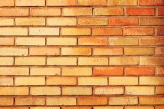Кирпичная стена в оранжевое и красное внешнем Стоковые Фото