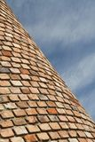 Кирпичная стена и небо Стоковое Изображение RF