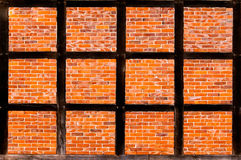 Кирпичная стена половины timbered дом Стоковая Фотография