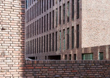 Кирпичные стены и окна Стоковое Фото