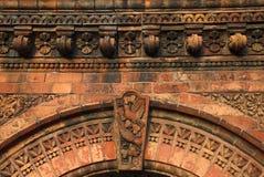 кирпич аркы богато украшенный Стоковое Изображение RF
