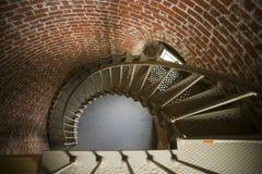 Кирпич архитектуры исторического маяка винтовой лестницы внутренний Стоковое Изображение