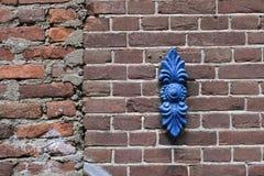 Кирпич цветка одного сини железное красный wal Стоковое Изображение