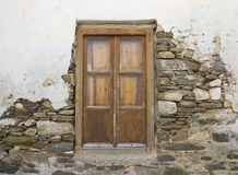 кирпич dilapidated окно стены гипсолита Стоковое Фото