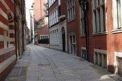кирпич london переулка Стоковые Изображения