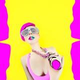Кисловочная шальная партия Девушка очарования взрывает Стоковое Фото