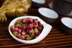 Китаец чая на деревянном столе Стоковые Фото