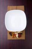 китайская белизна плиты травяной микстуры Стоковые Фотографии RF