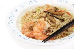 Китайская еда, лапши с креветкой стоковые изображения rf