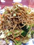 Китайская еда на плите в ресторане Стоковое фото RF