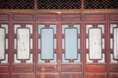 китайская закрытая часть двери деревянная Стоковое фото RF