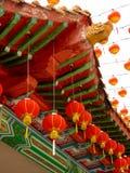 Китайская крыша виска с фонариком Стоковое Изображение