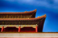 китайская крыша традиционная национальный тип Готовое яркое знамя Стоковое Изображение