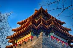 китайская крыша традиционная национальный тип Готовое яркое знамя Стоковая Фотография RF