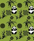 Китайская предпосылка бамбука и панды безшовная Стоковая Фотография