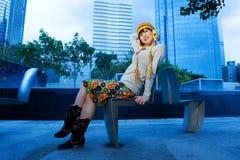 китайская смешная девушка outdoors Стоковые Изображения