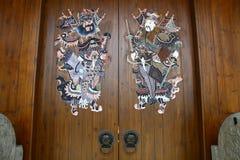 Китайская традиционная деревянная дверь Стоковое Фото