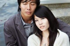 китайские пары крупного плана датируют романтичных детенышей Стоковое Фото