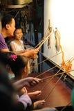 Китайские представления игры тени детей Стоковая Фотография RF