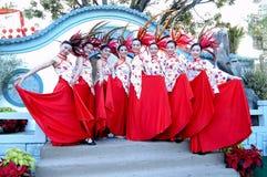 Китайские танцоры стоковое фото