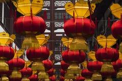 Китайские фонарики на китайском Новый Год иллюстрация штока
