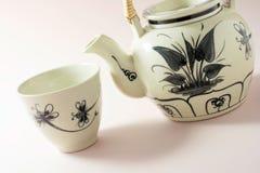 Китайские чайник и чашка Стоковая Фотография