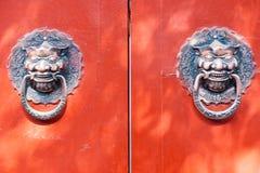 китайские knockers двери Стоковые Изображения RF