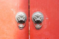 китайские knockers двери Стоковая Фотография RF