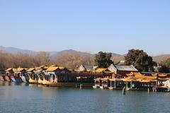Китайские pavillions в летнем дворце, Пекин, Китай Это фото было принято 19-ого декабря 2017 Стоковая Фотография