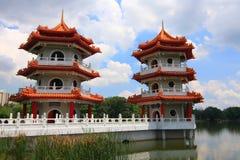 китайский близнец singapore pagodas сада Стоковые Фотографии RF
