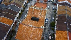 Китайский висок в исторической части города Джорджтауна на острове Penang, Малайзии вид с воздуха акции видеоматериалы