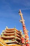 Китайский висок с статуей дракона Стоковая Фотография RF
