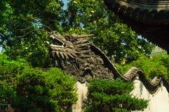 Китайский дракон на стене Стоковое фото RF