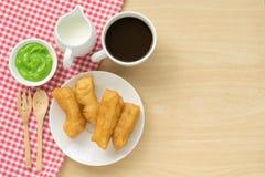 Китайский десерт; глубокая зажаренная ручка теста Стоковые Изображения