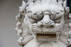 Китайский каменный попечитель архитектуры статуи льва в cultur chaina Стоковые Фотографии RF