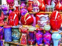 Китайский красный пестротканый керамический блошинный Beiji Panjuan баков стоковые изображения rf