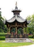 Китайский павильон в парке Стоковые Изображения RF